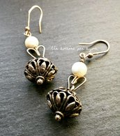 Orecchini con bottoni sardi in metallo argentato brunito