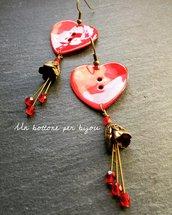 Orecchini con bottoni in vera madreperla a forma di cuore
