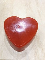 Sapone cuore rosso