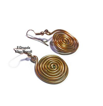 Orecchini pendenti wire alluminio con spirale bronzo - rame