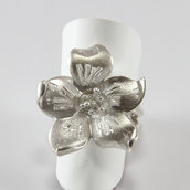 Anello a Fiore in Argento 925/1000