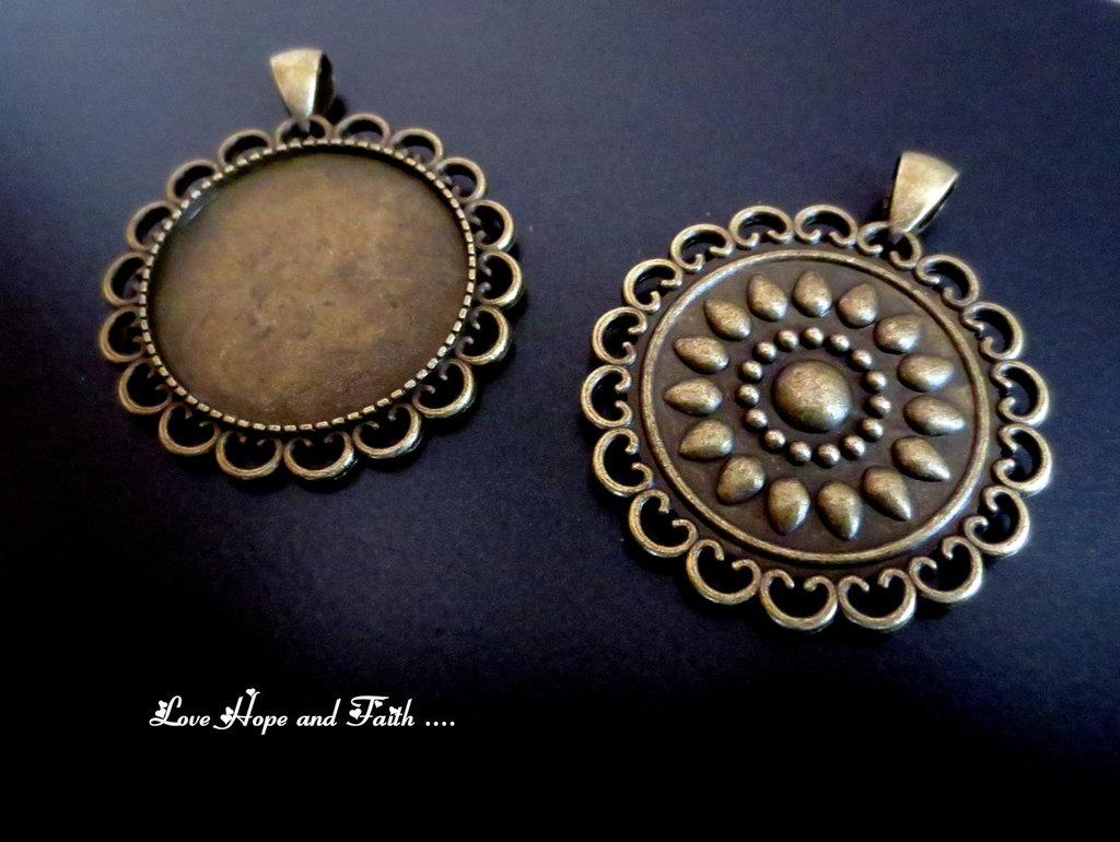 NOVITA'! Base cabochon color bronzo (dcod.507)
