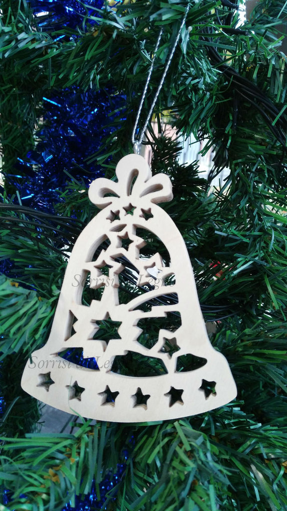 Pendel per albero campana in legno traforata