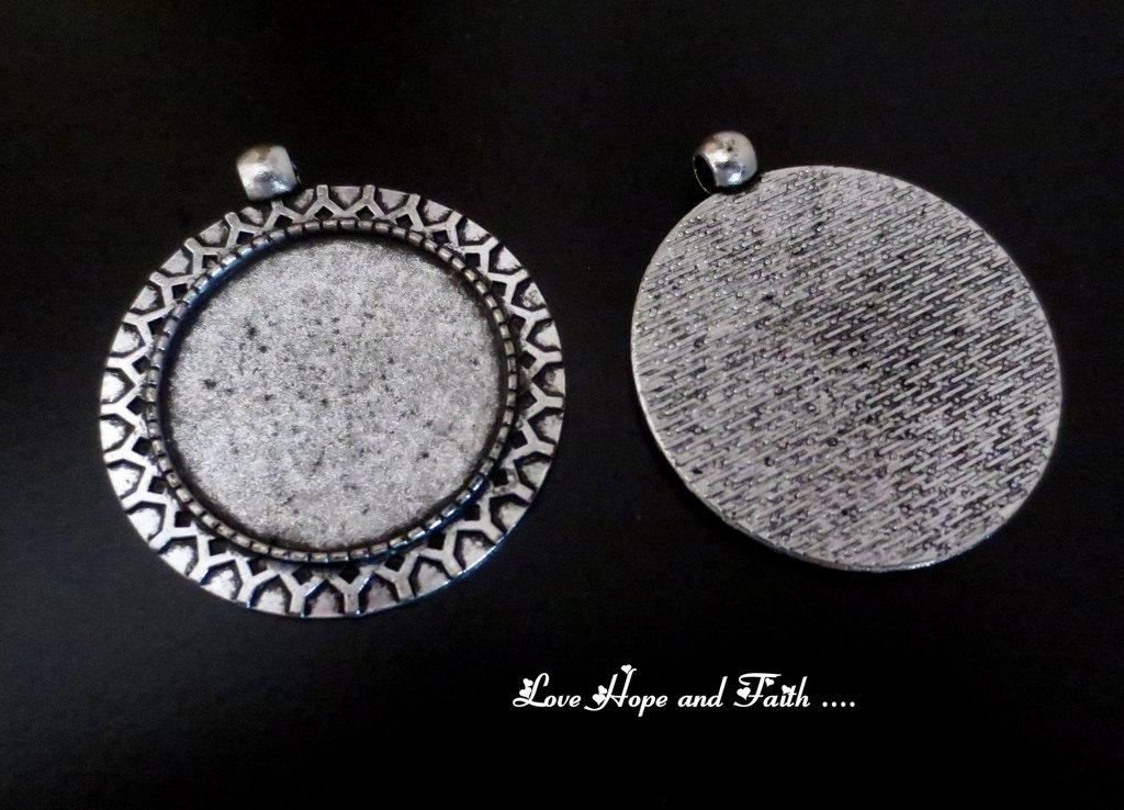 NOVITA'! Base cabochon color argento (dcod.513)