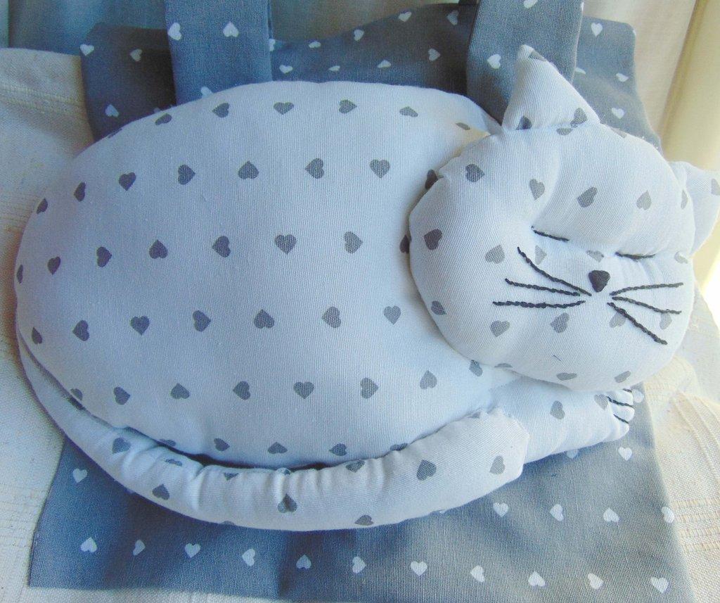 Gatto porta pigiama