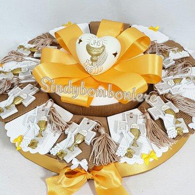 Torta bomboniera comunione croce con nappina icona sacra con glitter
