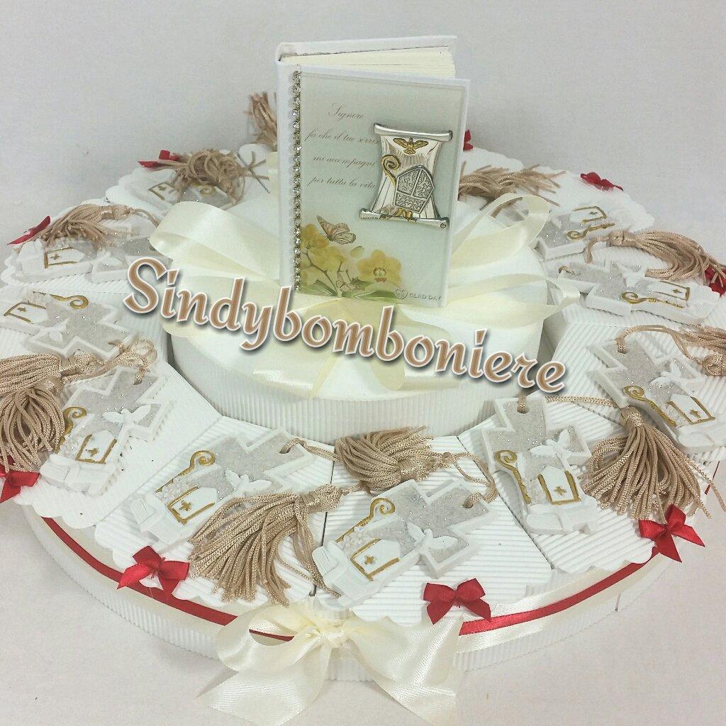Torta bomboniera cresima croce con nappina icona sacra con glitter