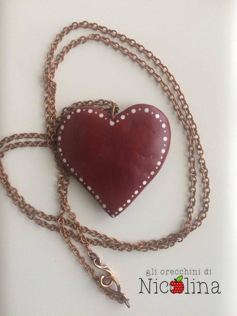 Collana con cuore rosso con chiusura a gancio