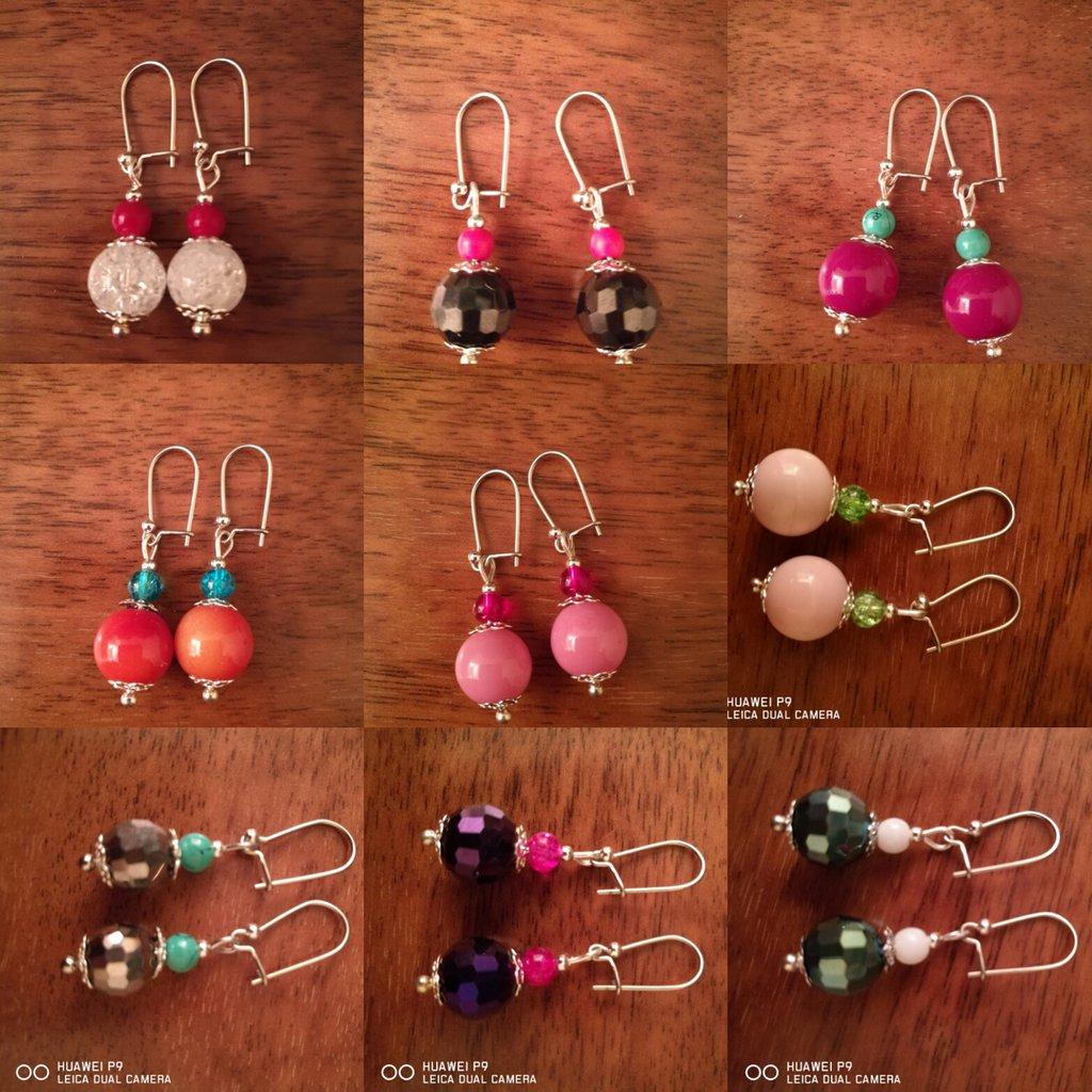 Orecchini multicolor con perle