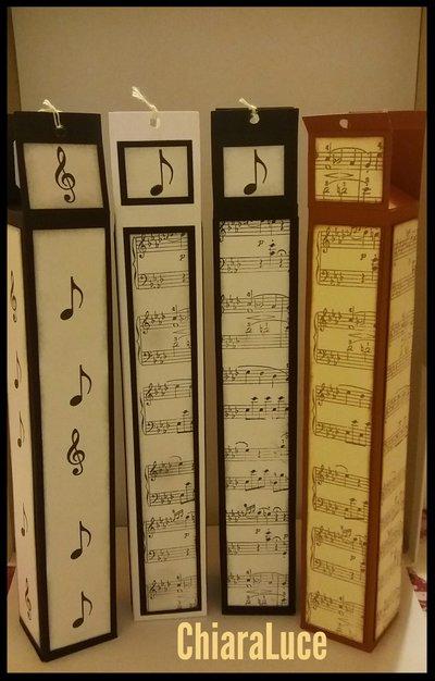 Scatolina porta penne/matite a tema musicale