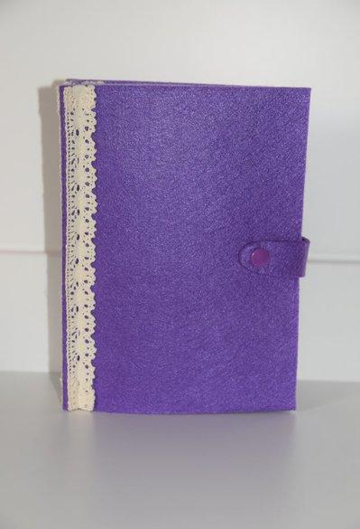 LIBRO PORTAORECCHINI IN FELTRO