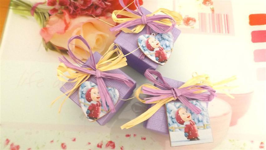 BOMBONIERA BATTESIMO NASCITA COMPLEANNO - MASHA e ORSO - calamita porta confetti scatola confetti no fimo