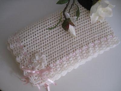 Copertina neonata lana color panna / nastro rosa fatta a mano idea regalo corredino nascita battesimo cerimonia uncinetto
