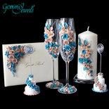 Wedding Set: flutes da champagne, cero, guest book e segnaposto decorati a mano