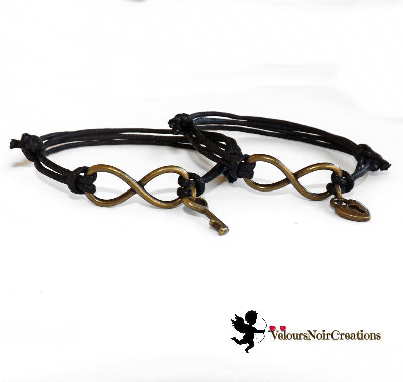 Coppia bracciali infinito lucchetto e chiave in bronzo regalo