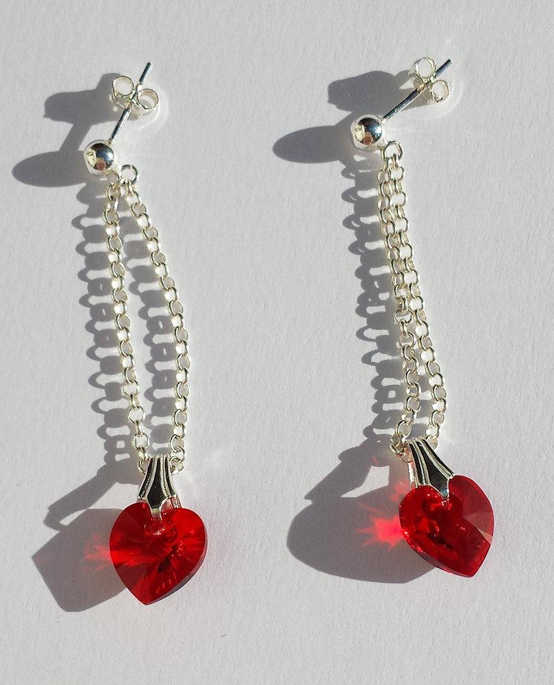 Orecchini pendenti in Argento con Cristalli swarovski rossi a cuore