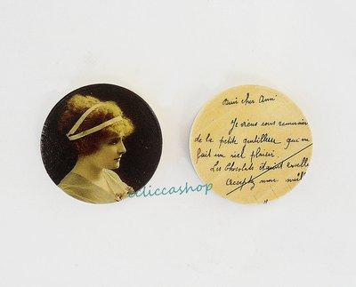 Medaglione ciondolo  in legno stile retrò 35 mm 1pz