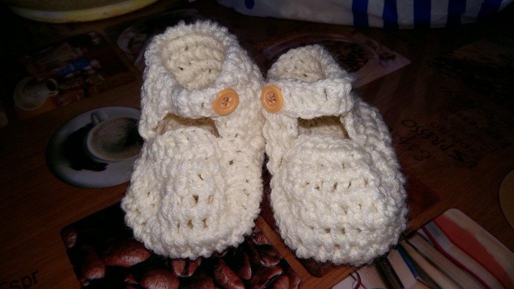 Scarpine uncinetto lana bimbo bimba nascita