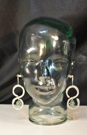orecchini in alluminio e cristalli colore verde