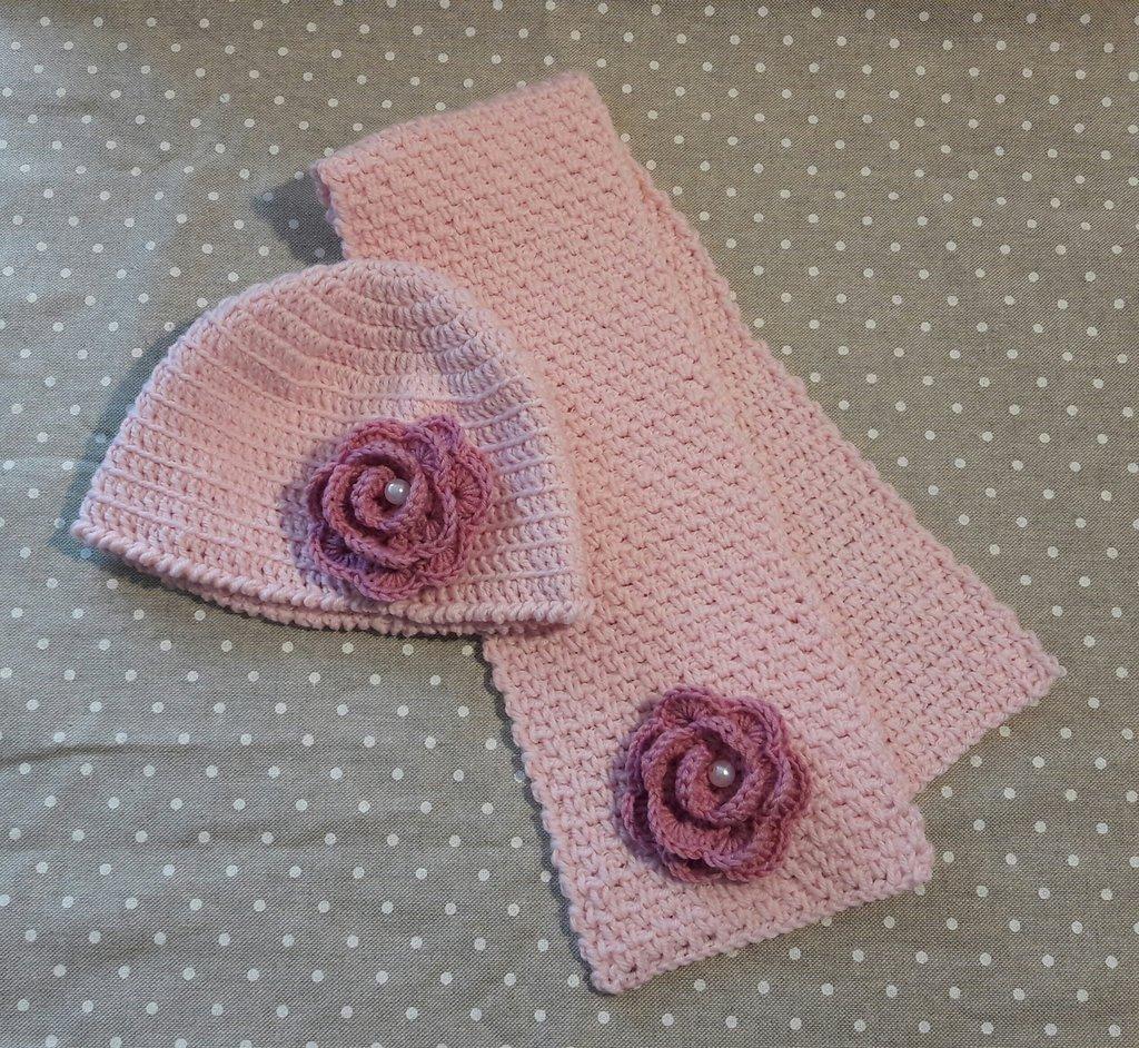 Cappellino e sciarpa bimba