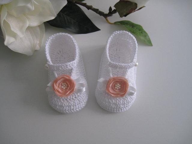 Scarpine bianche / fiore pesca neonata fatte a mano uncinetto idea regalo nascita battesimo cerimonia cotone handmade crochet