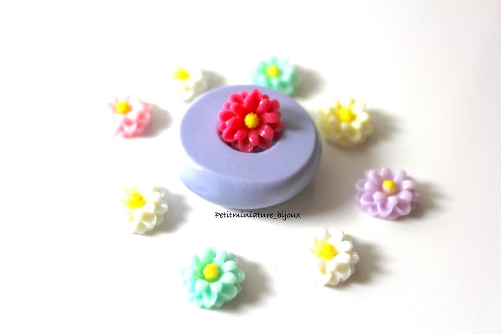STAMPO FIORE in silicone flessibile 3d-stampo fimo fiore Margherita charm kawaii fimo gioielli sapone resina gesso ST310