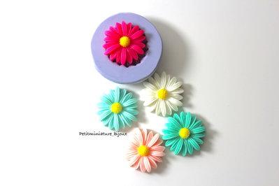 STAMPO FIORE in silicone flessibile 3d-stampo fimo fiore Margherita charm kawaii fimo gioielli sapone resina gesso ST309