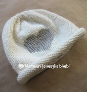 Berretto/cappello neonato/bambino - lana merino - bianco panna e cuore ricamato - tg 6 M