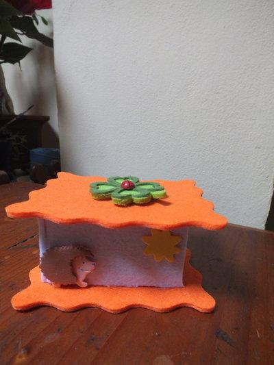 scatoline in feltro porta confetti o cioccolatini