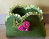 Cestino verde e viola in feltro