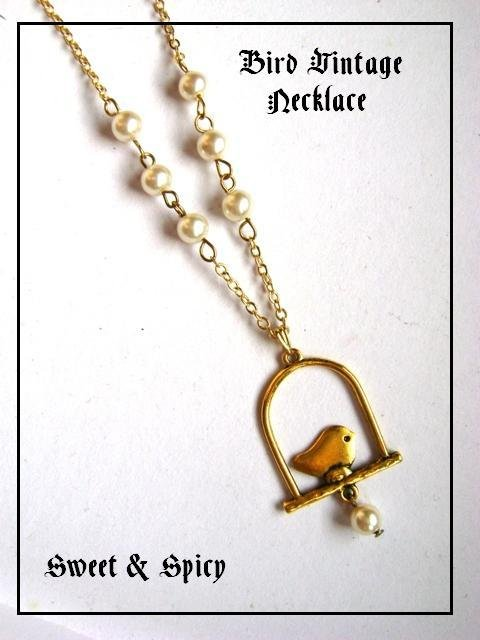 BIRD VINTAGE NECKLACE-COLLANA VINTAGE CON UCCELLINO E PERLE