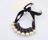 Luxury black perls