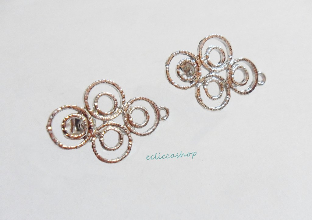 Base orecchini colore argento  nickel free 1coppia
