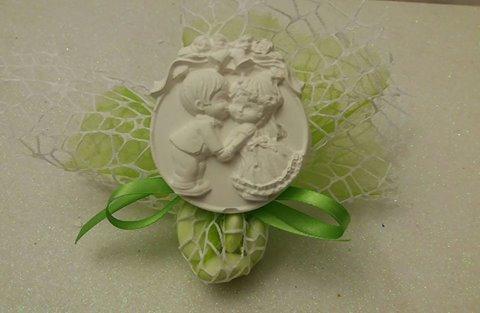 medaglione sposini in gesso ceramico