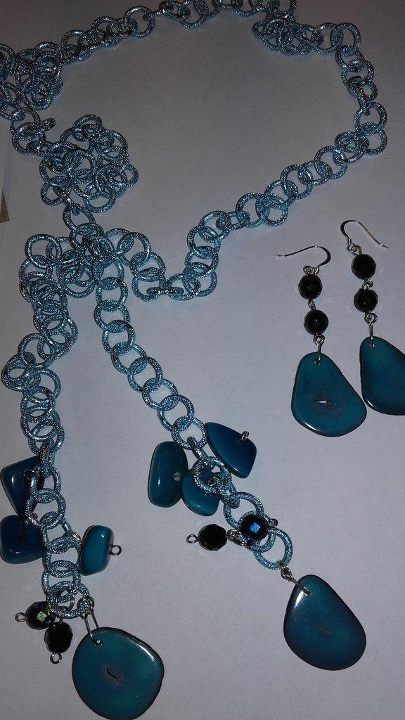 parure collana /pendenti serie TAGUA azzurra due