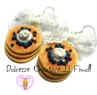 Orecchini pancake mirtilli e panna - miniature . kawaii, handmade idea regalo