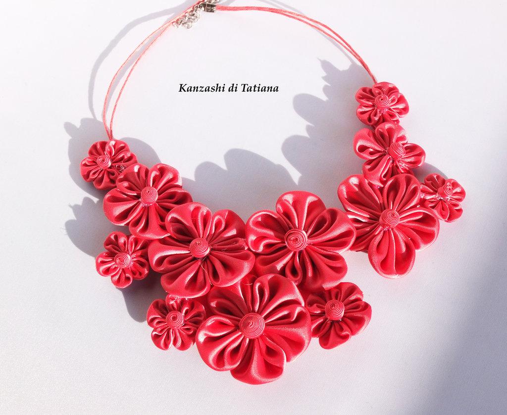 Collana kanzashi colore corallo