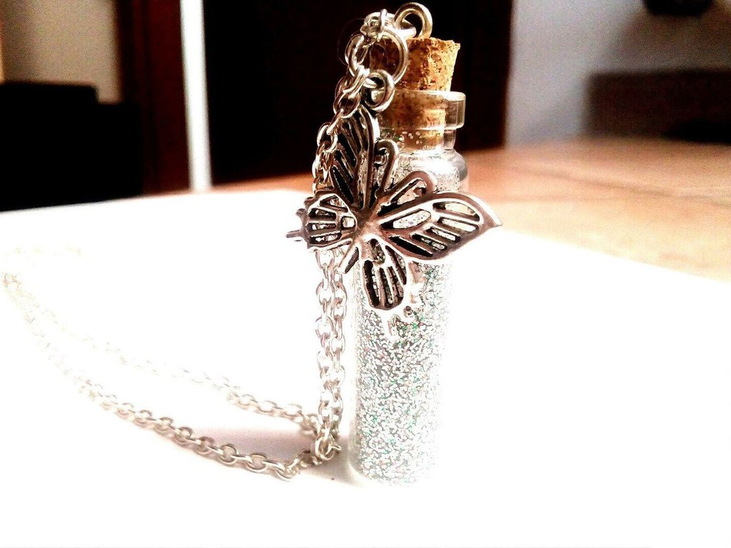 Collana bottiglia vetro polvere di fata farfalla fortuna HANDMADE VINTAGE TRILLY