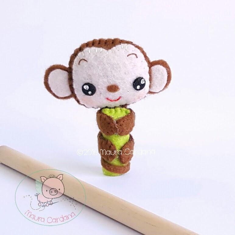 Scimmietta pencil topper, decorazione per matita in feltro e pannolenci (matita inclusa)