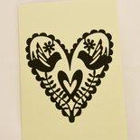 Partecipazioni / inviti di nozze color crema con cuore e rose