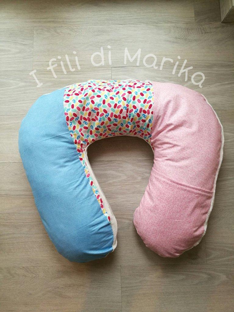 cuscino da allattamento