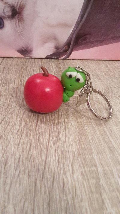 Portachiavi bruco mela