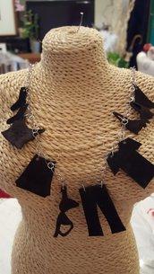 Collana/girocollo in acciaio con pendenti in plexiglass creati a mano