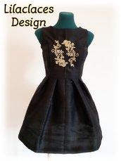 Cartamodello abito elegante stile vintage , gonna ampia e corpino modellato