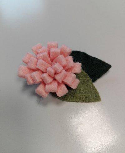 Molletta per capelli con fiore rosa