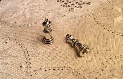 Ciondolo figura degli scacchi regina