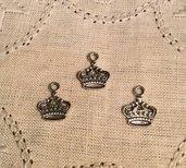 Ciondolo in argento antico corona