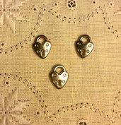 Ciondolo in metallo argentato cuore/lucchetto