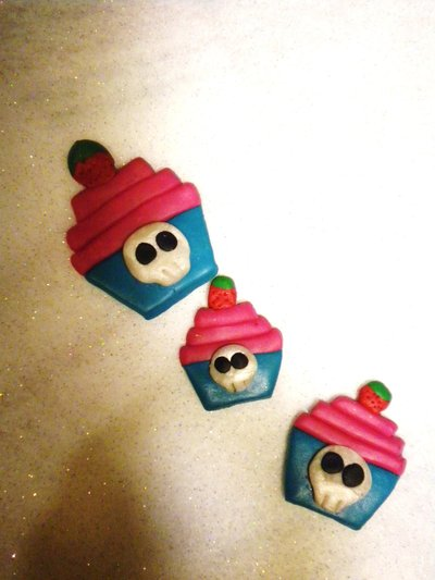 Cupcakes con teschietto Spille!!