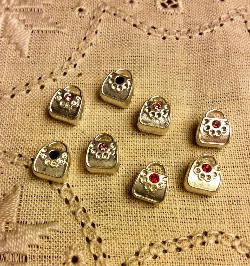 8 perle a foro largo forma borsetta